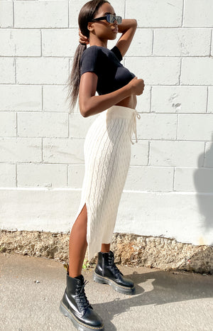 Unwritten Cable Knit Midi Skirt Beige