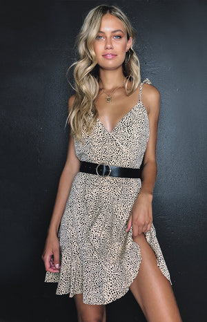https://files.beginningboutique.com.au/Sienna+Frill+Dress+Leopard.mp4