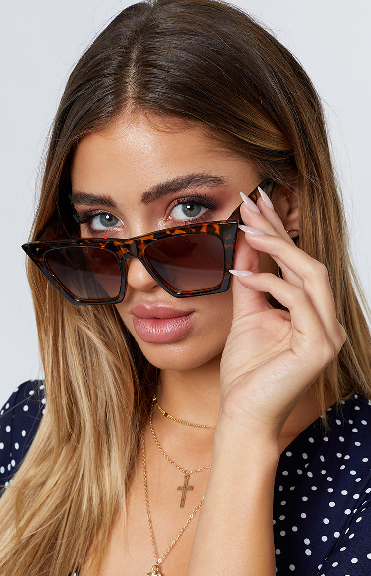 Eclat Lucy Retro Sunglasses Brown Tortoiseshell