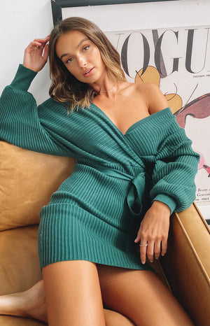 https://files.beginningboutique.com.au/20200511-cruisade+knit+dress+emerald+green.mp4