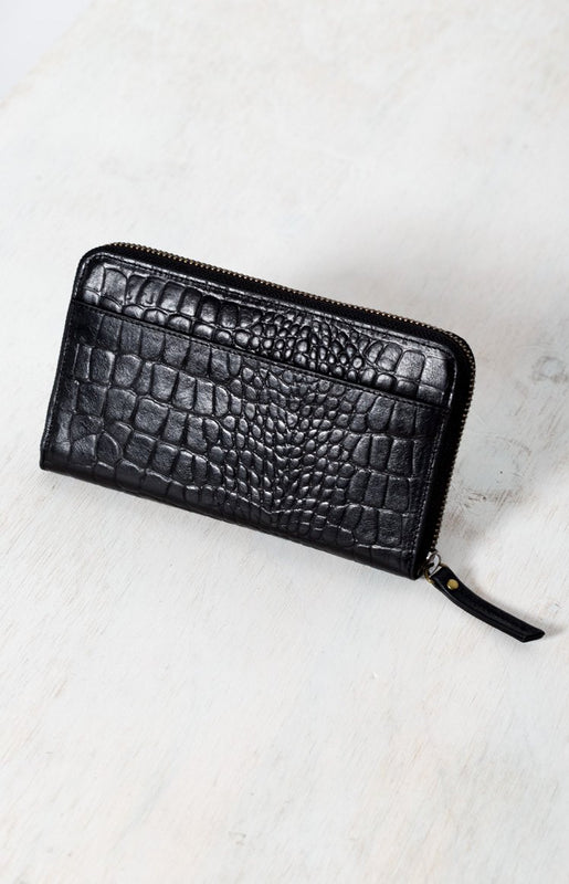 Status Anxiety Delilah Wallet Black Croc Emboss