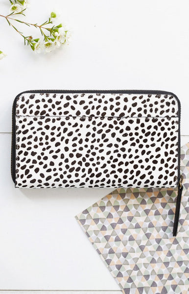 Status Anxiety Delilah Wallet Snow Cheetah