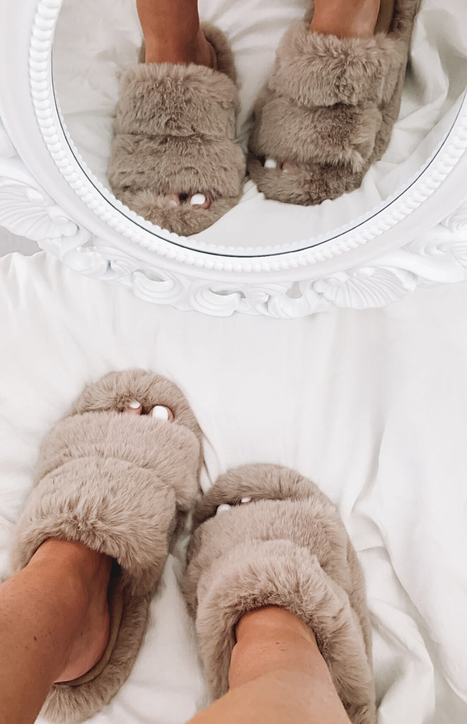 Lila Faux Fur Slippers Brown