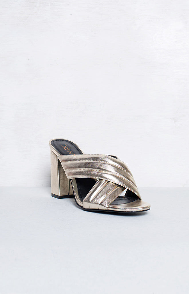 Therapy Triola Mules Metallic Gold