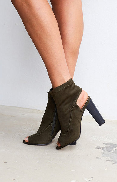 Therapy Selma Boots Olive