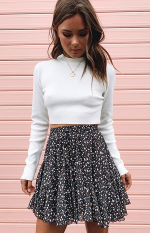 https://files.beginningboutique.com.au/knotting+hill+skirt+charcoal+1.mp4