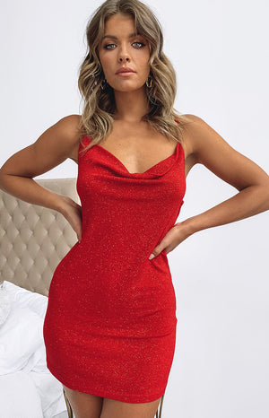 https://files.beginningboutique.com.au/Aluna+Slip+Dress+Red+Glitter.mp4