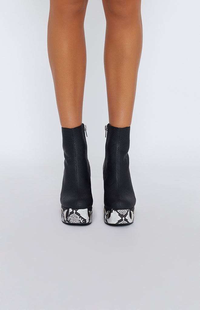 Current Mood Ophidian Boots Black 2