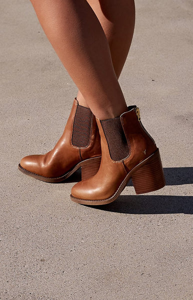 Windsor Smith Mary Boots Tan