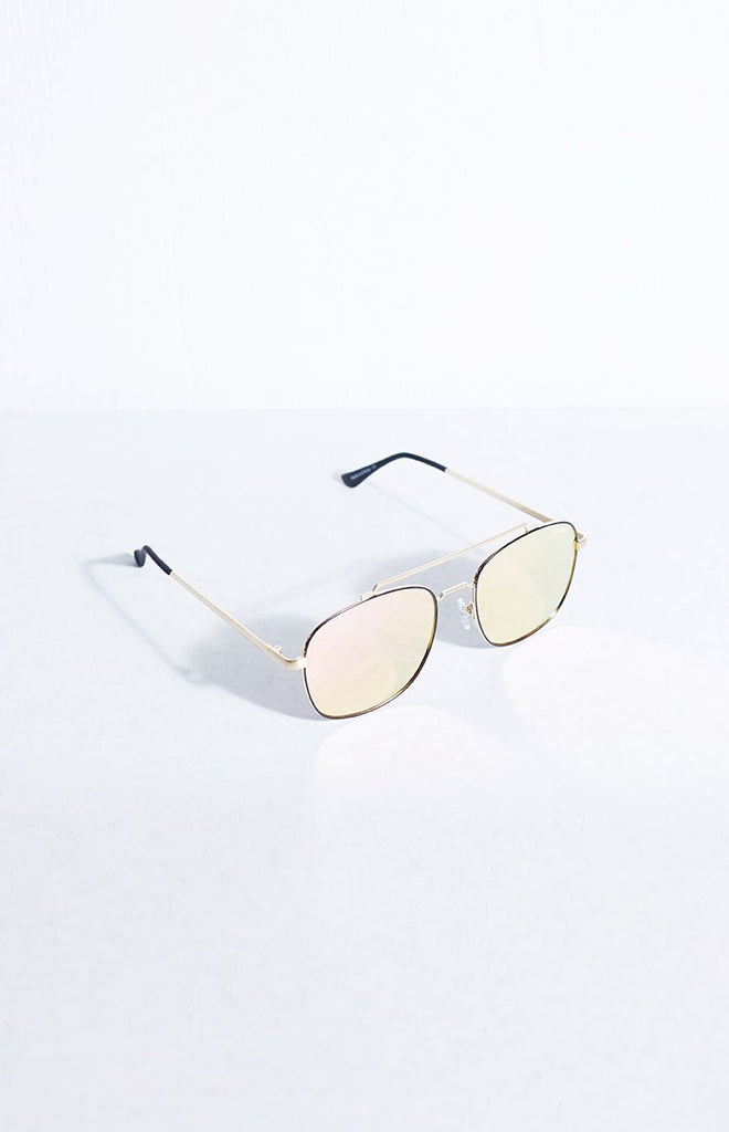 Quay To Be Seen Sunglasses Gold Pink