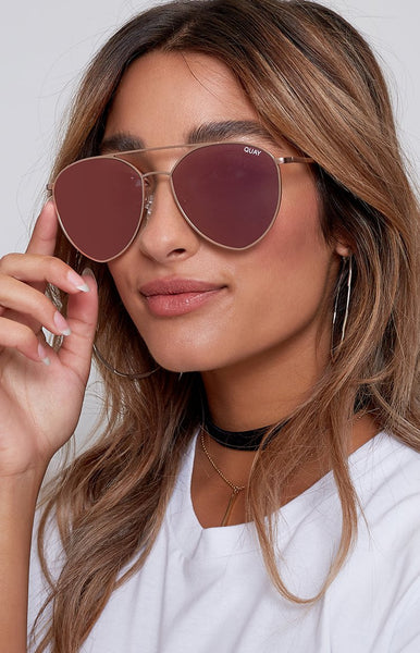 Quay Indio Sunglasses Gold Pink