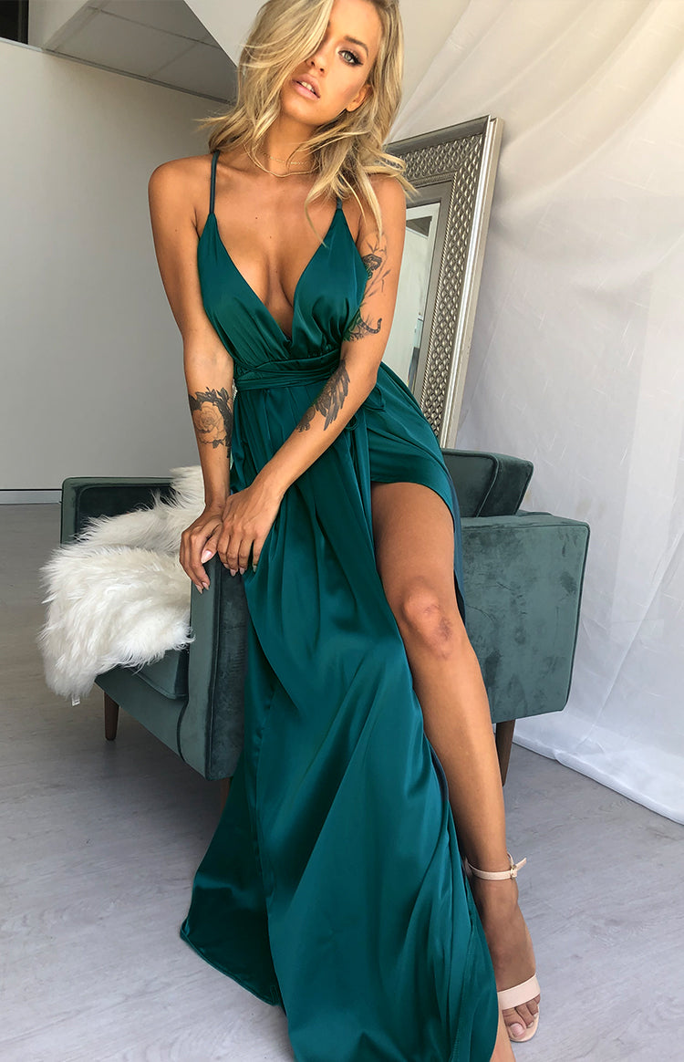 https://files.beginningboutique.com.au/Pandora+Formal+Dress+Emerald+Green+.mp4
