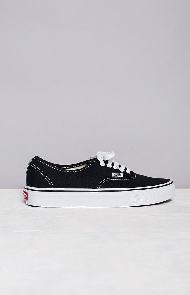 91ff72ee36e3 Vans Authentic Sneaker Black And White – Beginning Boutique