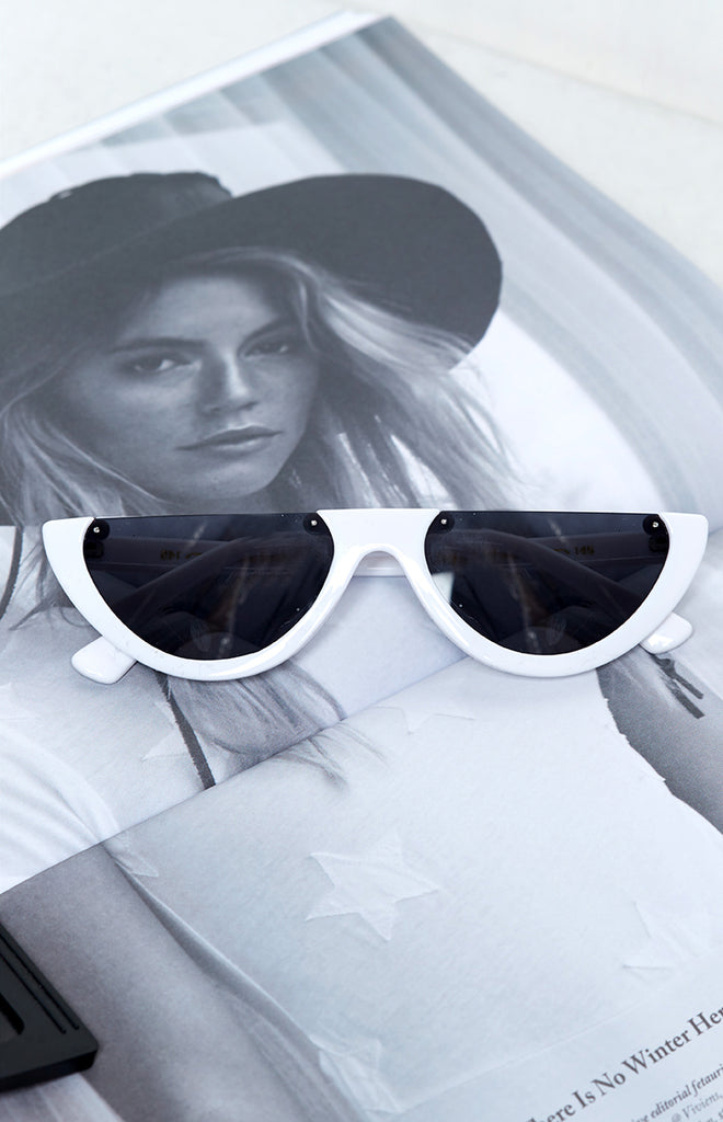 La Lune So Sassy Cat Eye Sunglasses White