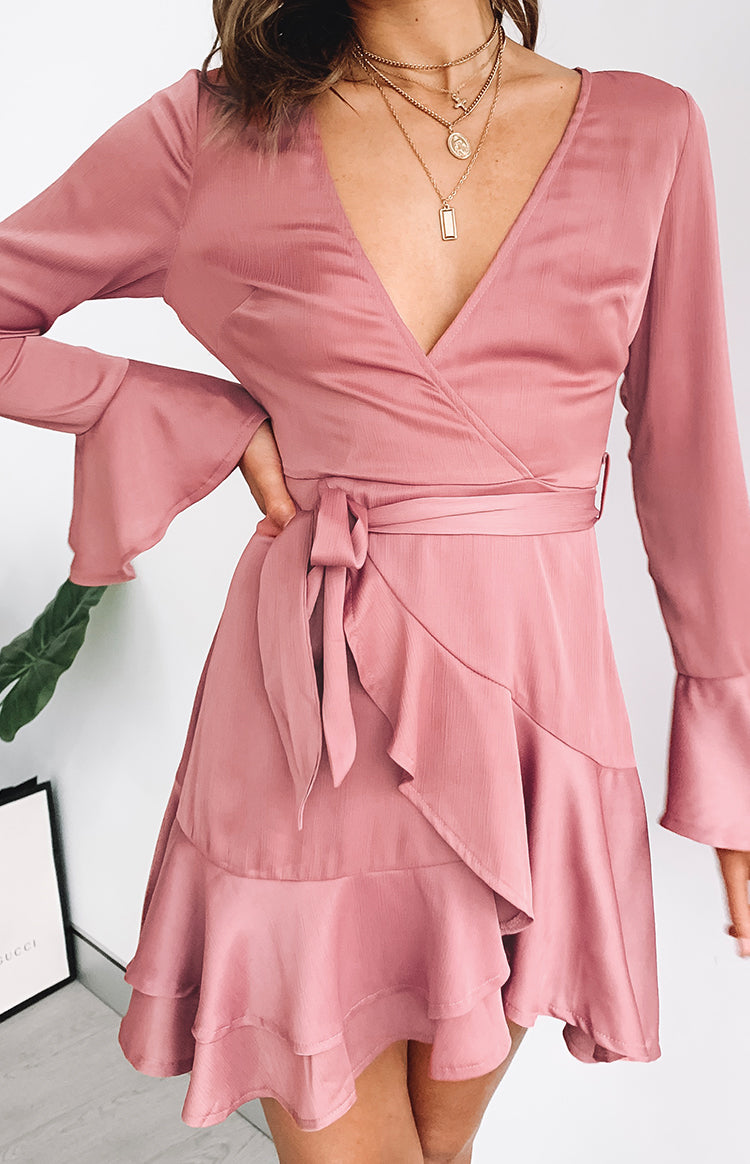 https://files.beginningboutique.com.au/wonderland+dress+blush+.mp4