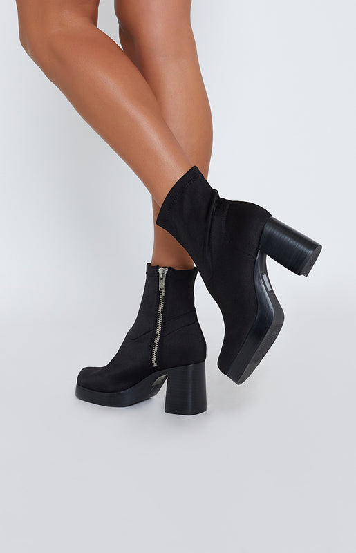 Current Mood Tension Boots Black