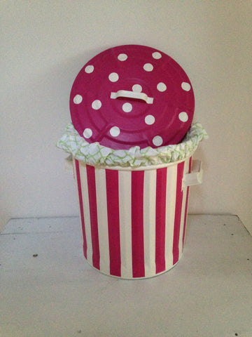Stripe & Dot Hamper