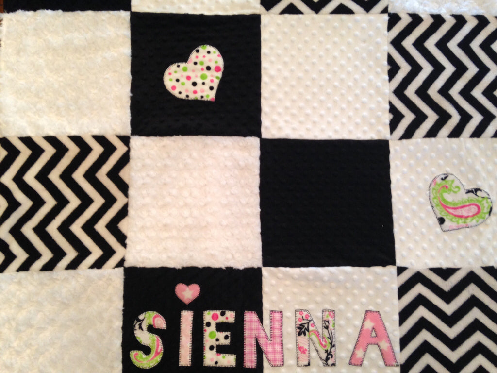 Appliqué patch quilt