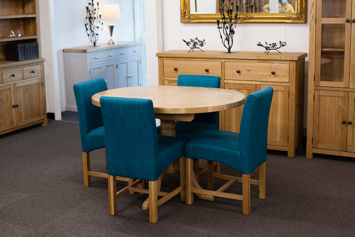 Extending Oval Dining Table with 4 Teal Dining Chairs