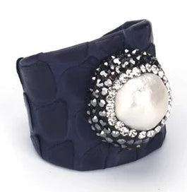 Exquisite Natural Baroque Pearl Snake SkinLeather Ring (Self-Adjustable Sizing)