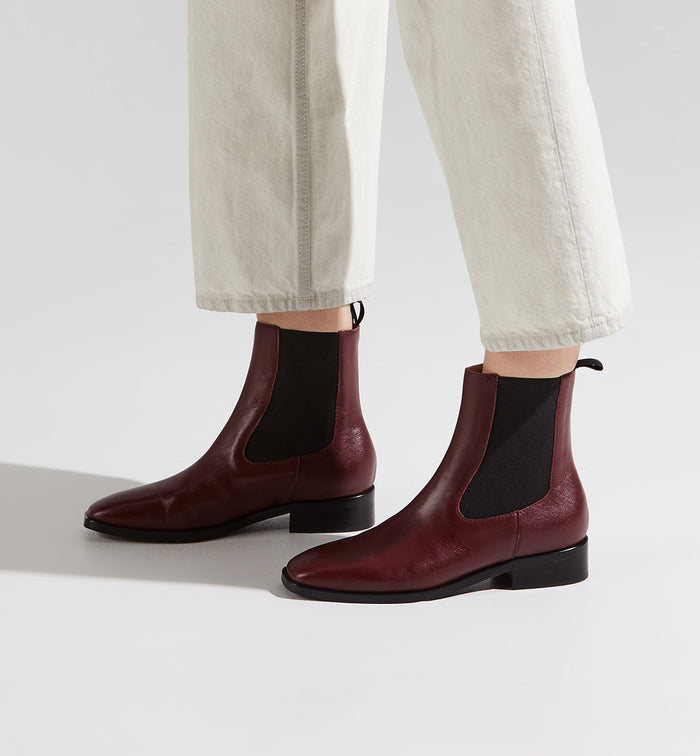 Radical Yes 'Selkie' Chelsea Boot 2.0 - Cherry