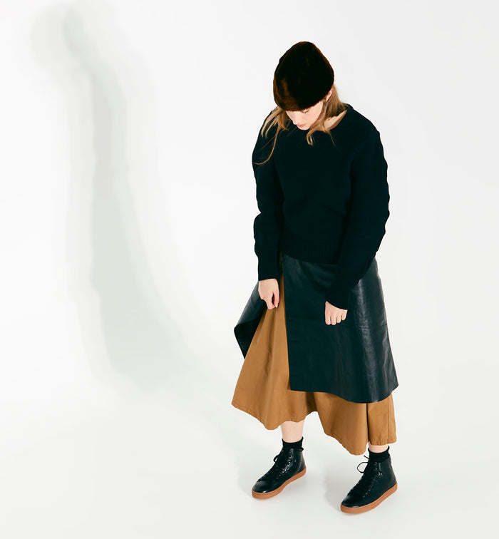 Radical Yes 'Saturn Returns' - Black Shearling