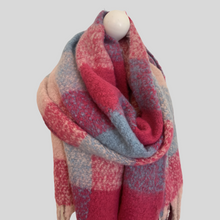 Load image into Gallery viewer, Mira Super Soft Large Check Scarf