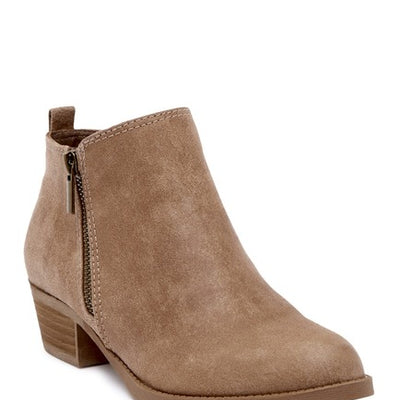 Carlos by Carlos Santana Women's Size 6.5 and 10 Brie Ankle Boot, MSRP C$116 - VendaStores
