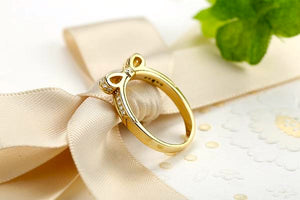 Sparkling Bow Knot Ring