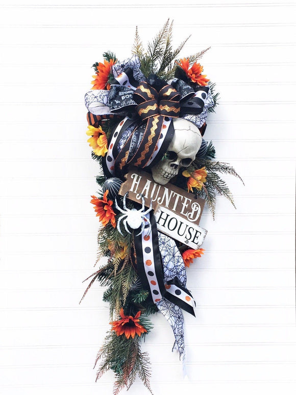 Halloween decor, Halloween Wreath, Witch Decor, Black and Orange Halloween, Halloween Door Wreath, Skull Wreath