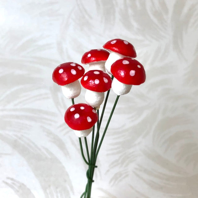 Spun Cotton Mushrooms, 14MM