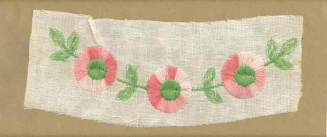 Pink_Vintage_Applique_Arched_Button_Flower