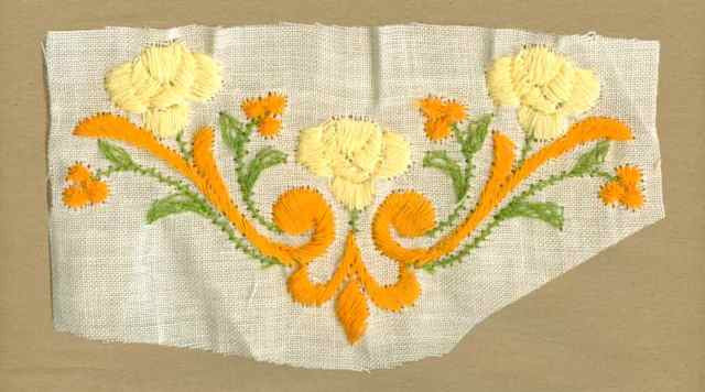 "Yellow_Vintage_Applique_""V""_Shape_Flower_Motif"