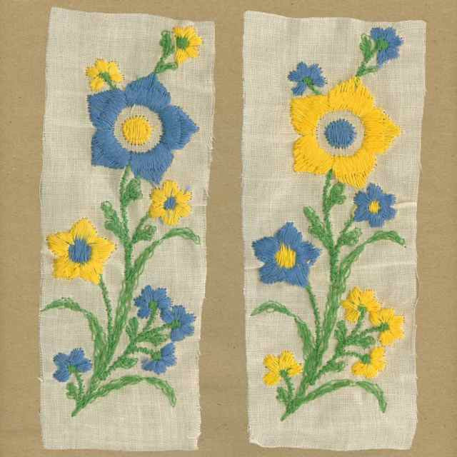 Blue_Yellow_Vintage_Applique_Flowers