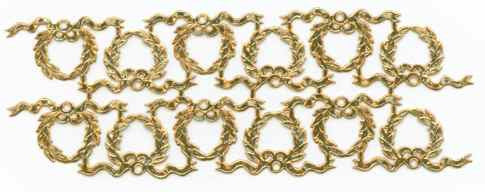 Antique_Gold_Dresden_Wreath