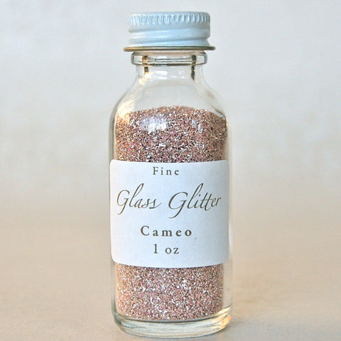 Cameo-Pale-Pink-Glass-Glitter-Bottle