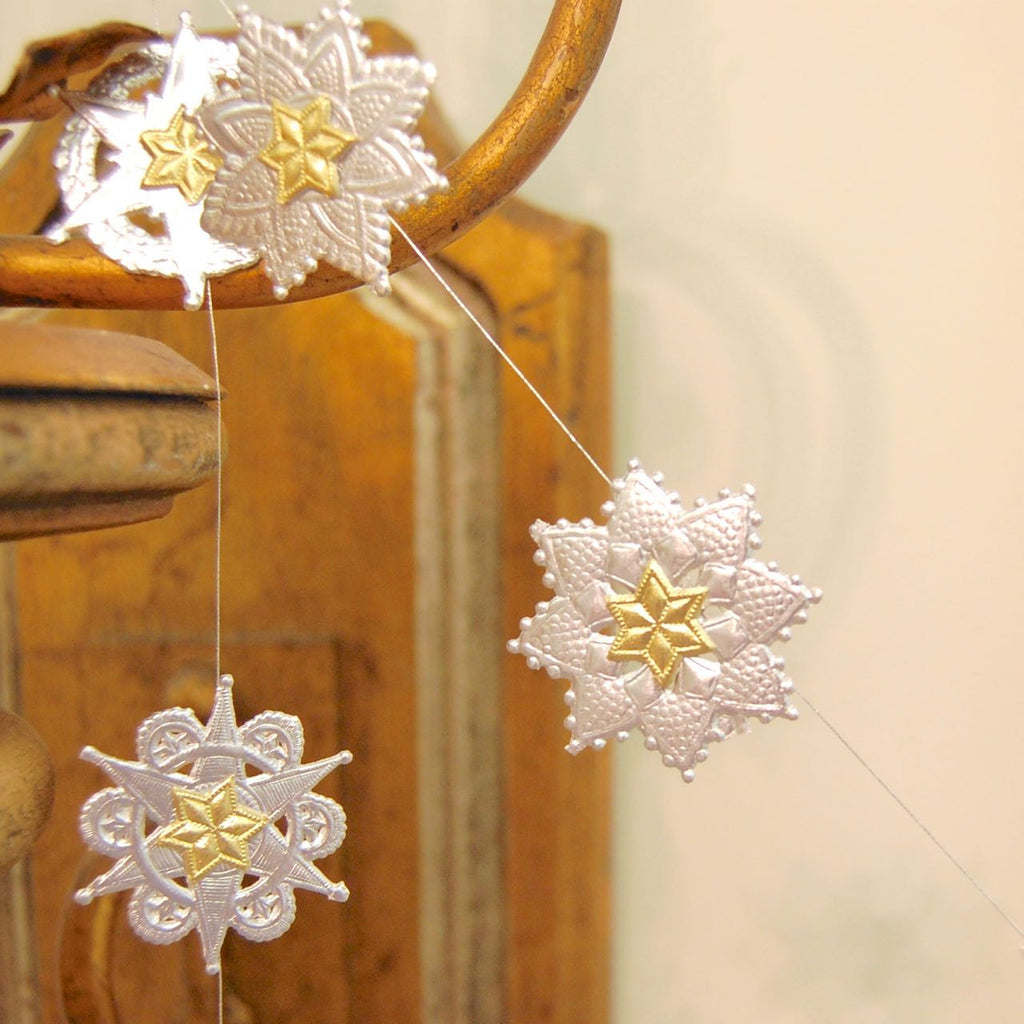 Dresden paper garland kit