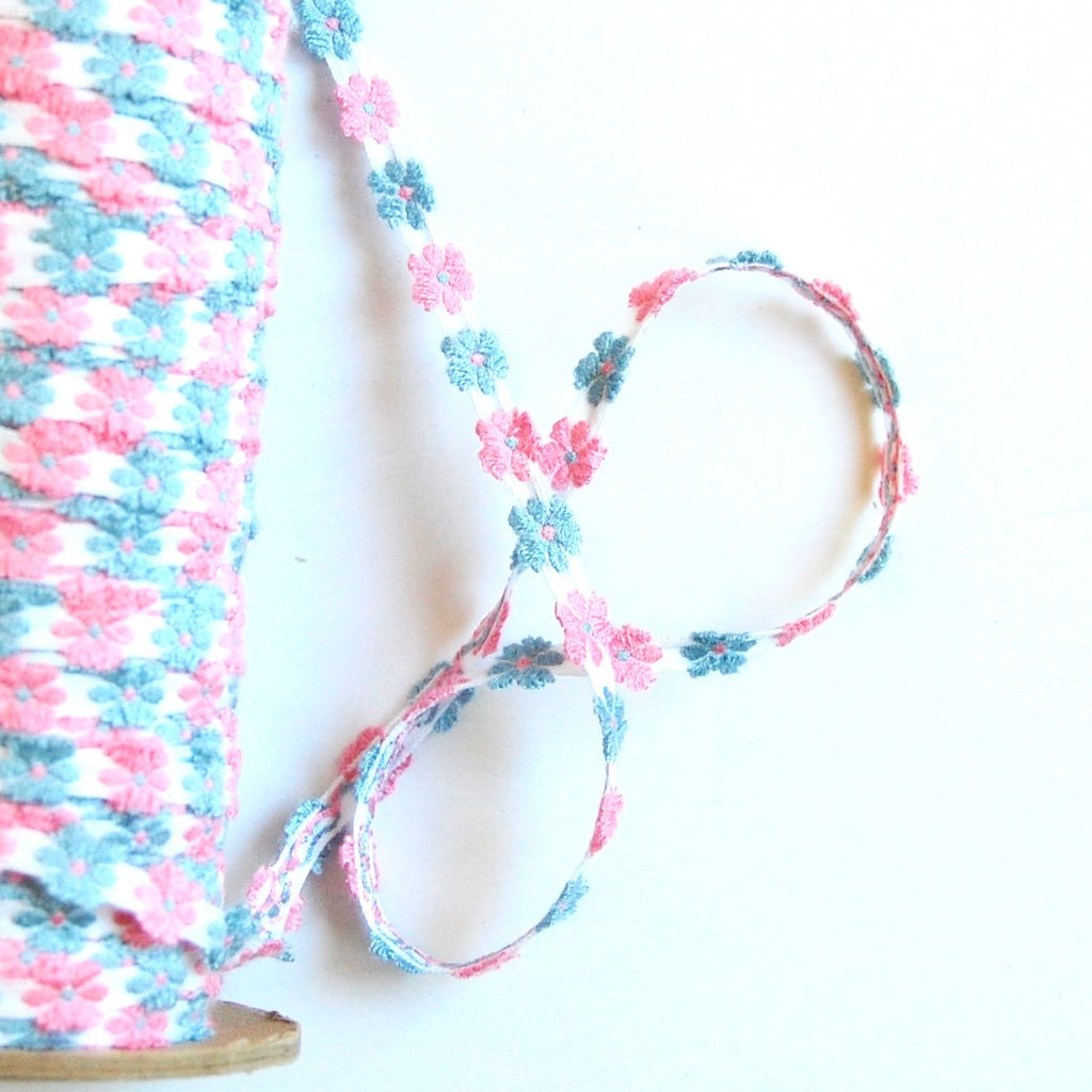 Jacquard Flowers Narrow Ribbon, Vintage