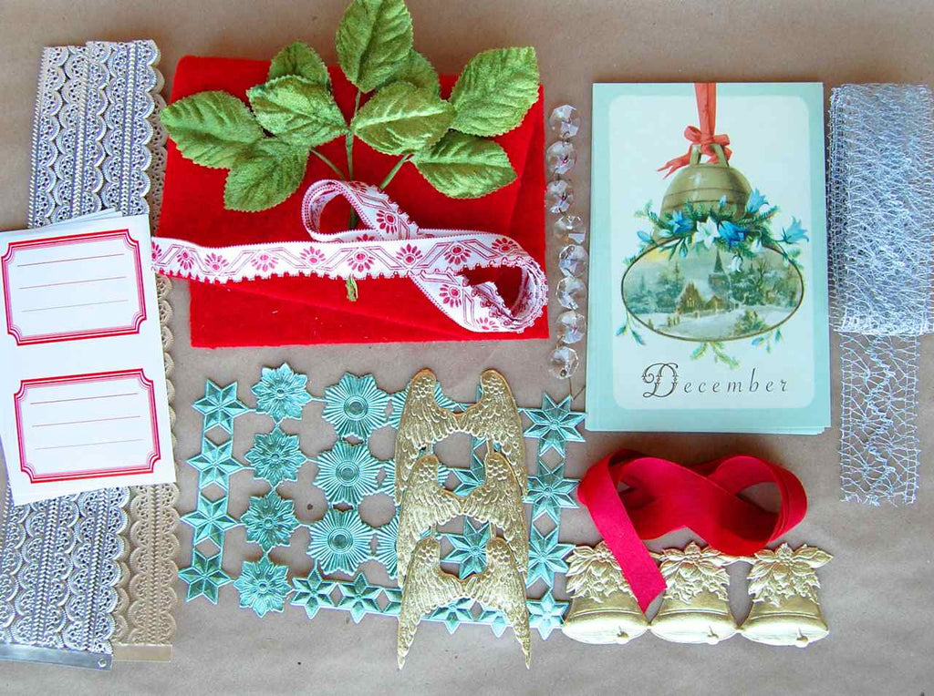 Petite_December_Cachette_Collection