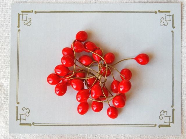 Loose Red Vintage Berries
