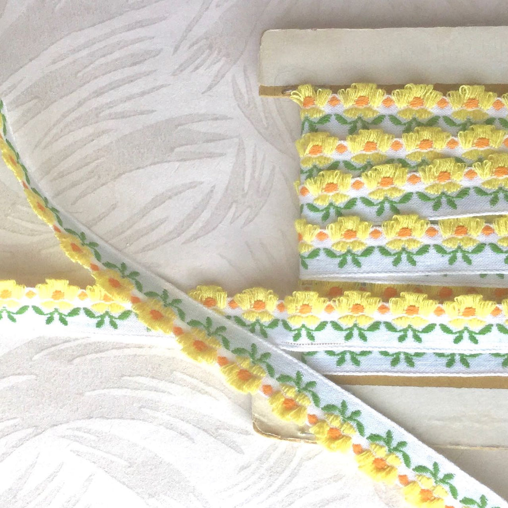 Daisy Row Embroidered Vintage Ribbon Trim