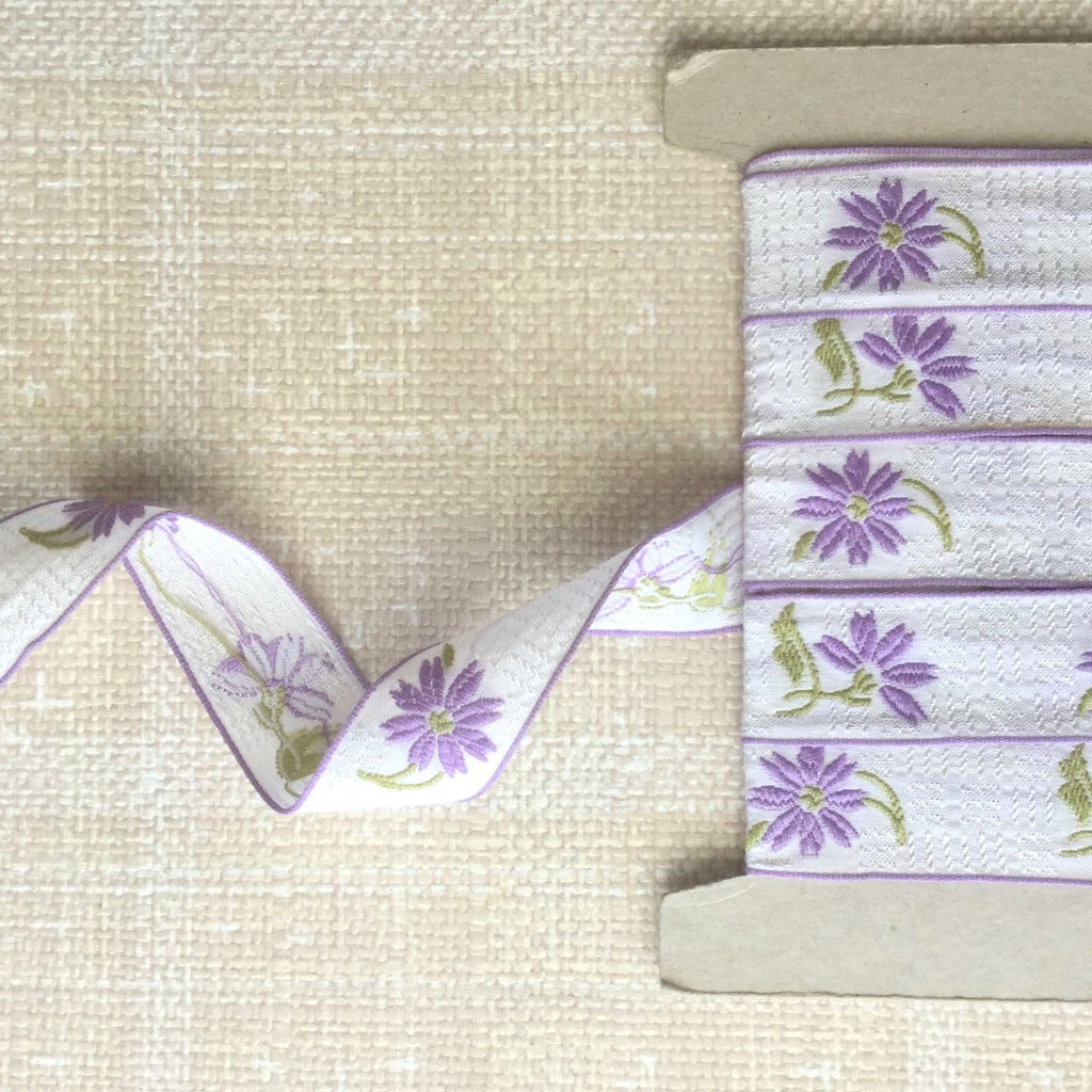 Vintage Embroidered Flower Ribbon