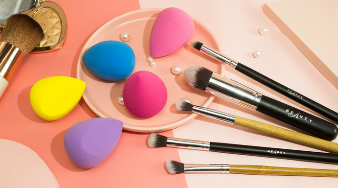 How to Use a Makeup Sponge to Get a Flawless, Dewy Makeup Look