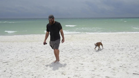 Former NFL Player Donates Everything To Charity And Hits The Open Road With His Rescue Dog