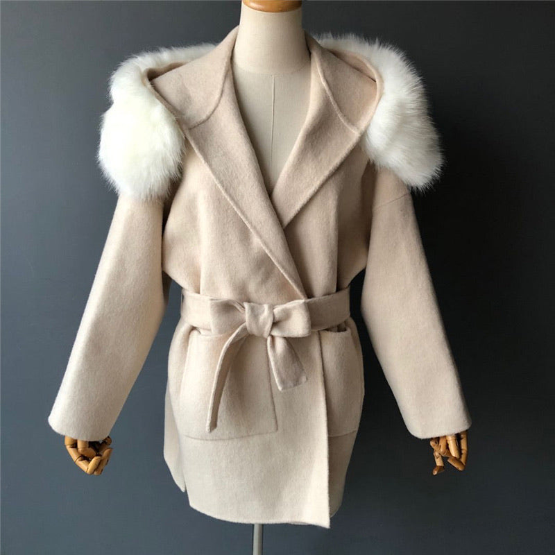 THE BELGRAVIA FAUX FUR CASHMERE BLEND COAT CREMA