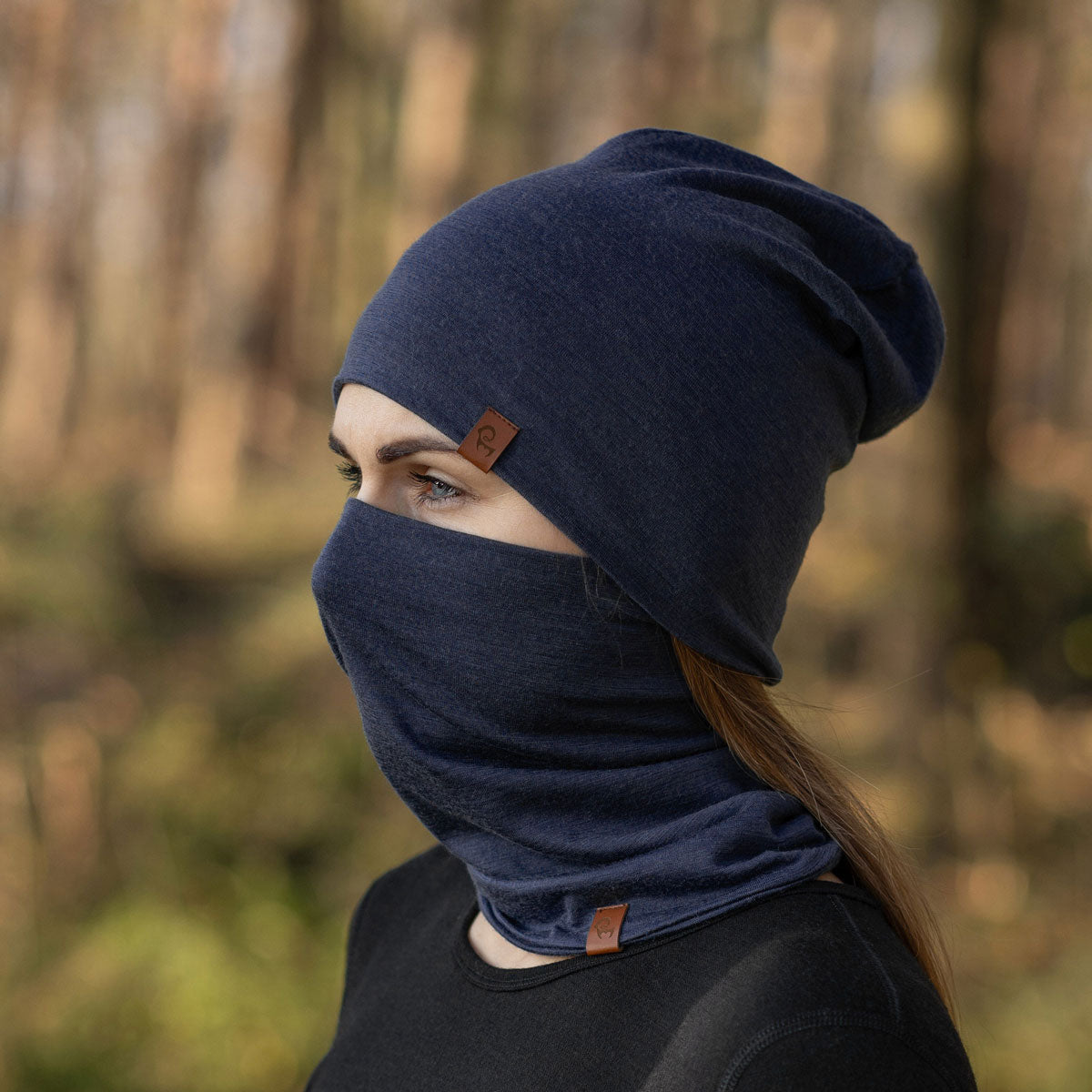 menique merino wool beanie neck gaiter set dark blue