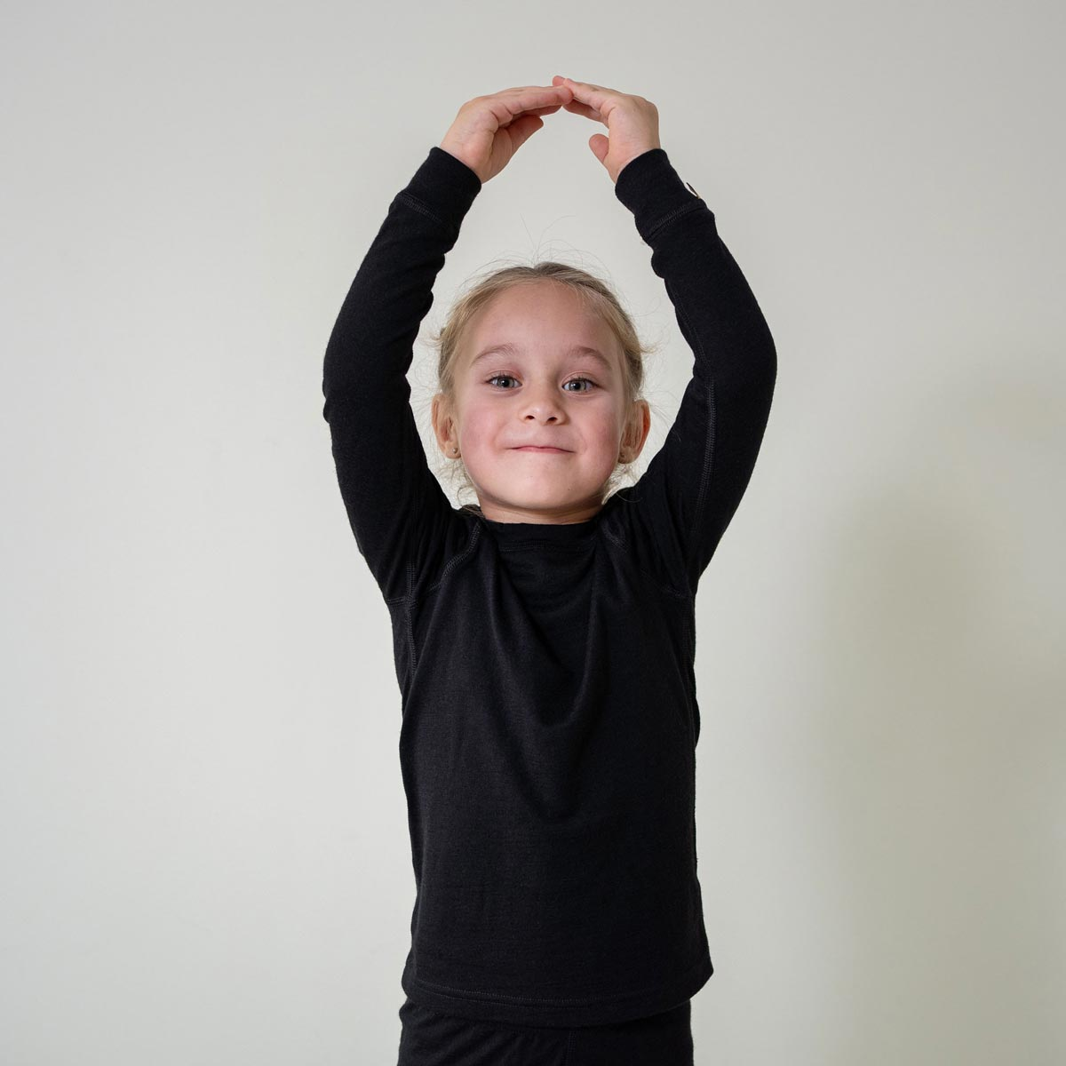 Kids' Long Sleeve Crew 160gsm Merino Wool Black