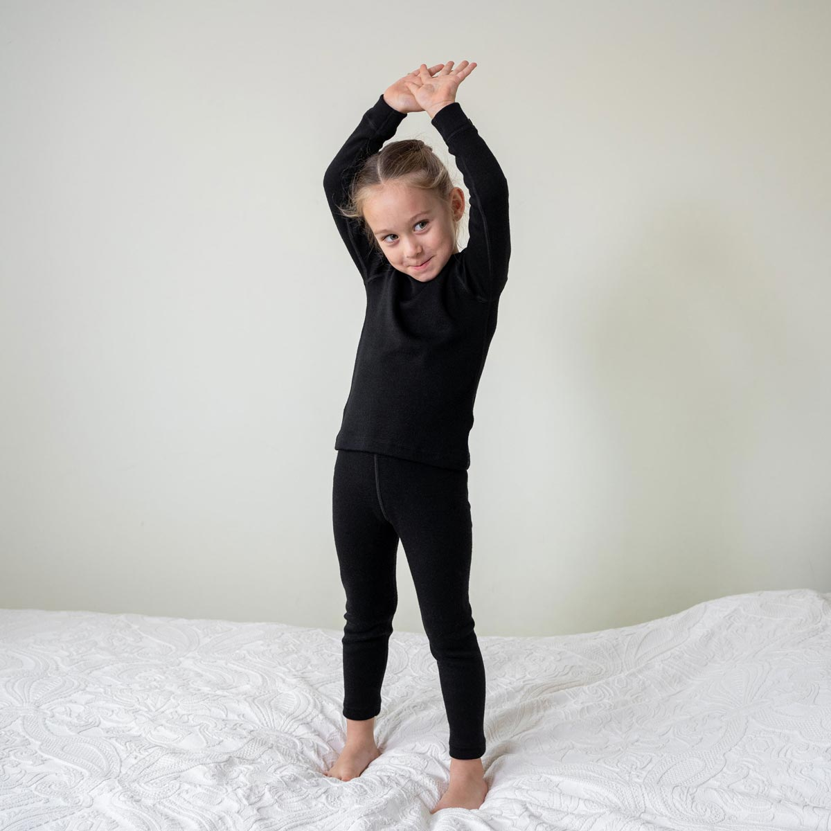 Kids' Long Sleeve Set 250gsm Merino Wool Black