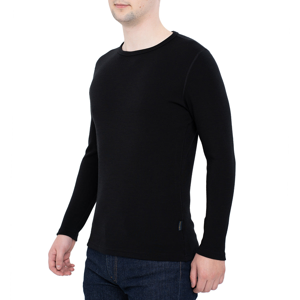 menique Men's Merino 250 Long Sleeve Crew Black Color