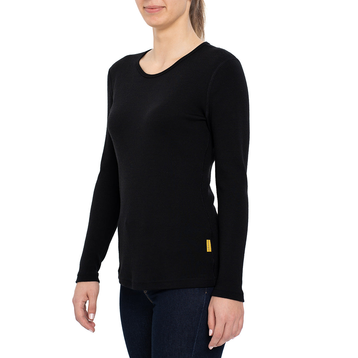 menique Women's Merino 250 Long Sleeve Crew Black Color